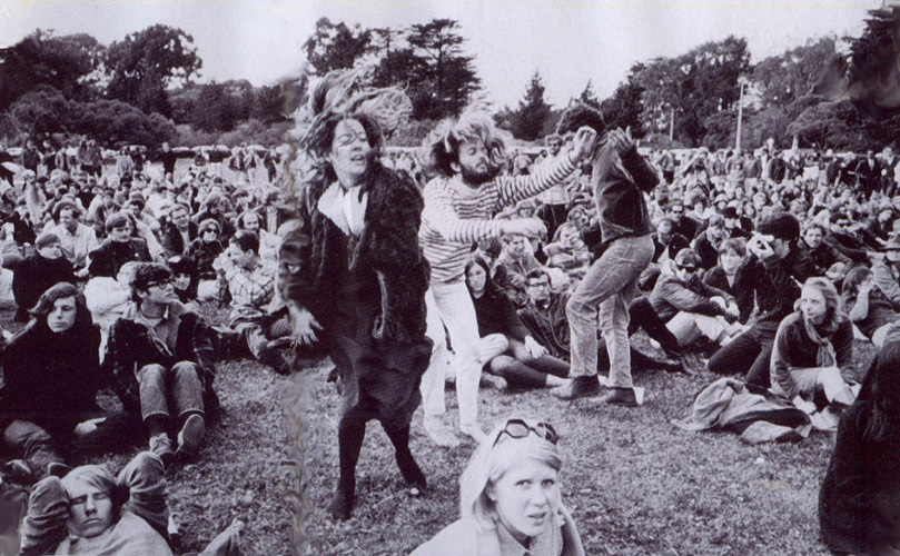 Human Be-In, San Francisco. 14th January 1967, a 'gathering of tribes' in Golden Gate Park. Attendees were encouraged to bring flowers, incense, musical instruments, candles and banners. Image Source: http://ginsbergblog.blogspot.co.uk/2014/07/summer-of-love-human-be-in.html